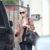 http://celebrity-bags.com/chanel/ashlee-simpson-with-chanel-vintage-overnight