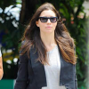 http://celebrity-bags.com/louis-vuitton/jessica-biel-with-louis-vuitton-handbag