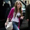http://celebrity-bags.com/celebrity_bags/miley-cyrus-and-her-love-for-luis-vuitton-handbags
