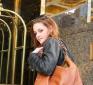 http://celebrity-bags.com/ralph-lauren/kristen-stewart-with-a-ralph-lauren-handbag