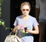 https://celebrity-bags.com/celebrity_bags/hayden-panettiere-with-her-beloved-coach-patent-large-sabrina-handbag