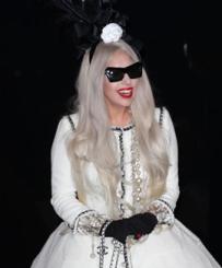 Lady Gaga – Special Chanel Handbag