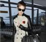 https://celebrity-bags.com/burberry/emma-watson-with-burberry-handbag